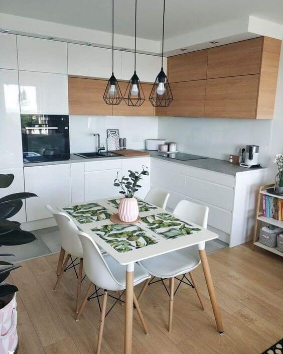 Cozinha com pendente aramado preto