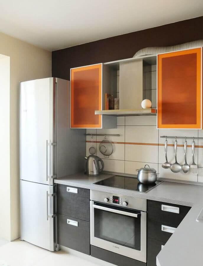 cozinha planejada com forno elétrico de embutir inox Foto Pinterest