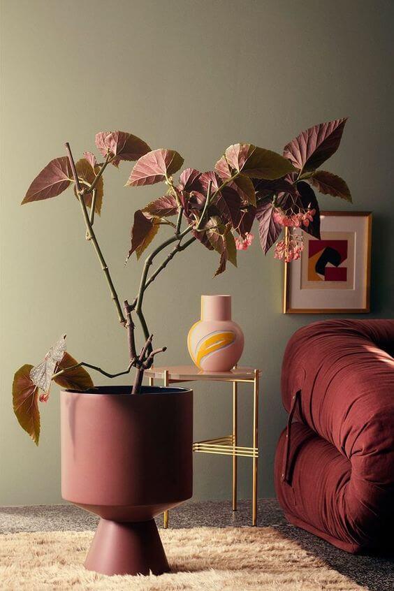 decoração na cor marsala