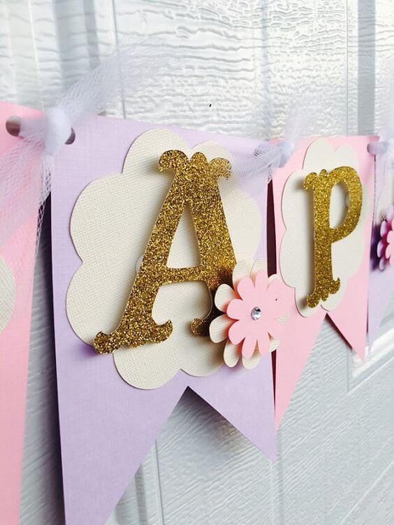 decoração de festa infantil com os moldes de letras grandes