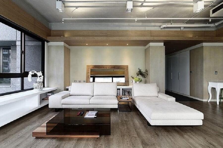 decoração em cores neutras para sofá moderna com sofá branco Foto Archilovers
