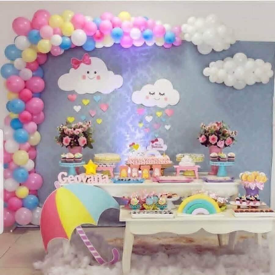 decoração festa chuva de bençãos - tema de aniversário de 1 ano Foto Pinterest
