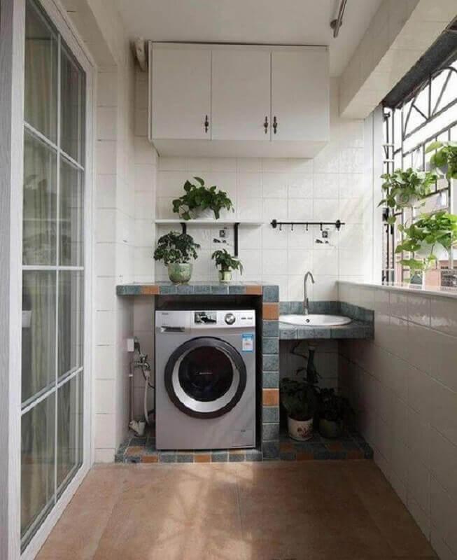 decoração lavanderia simples com máquina de lavar e secar inox Foto Revista VD