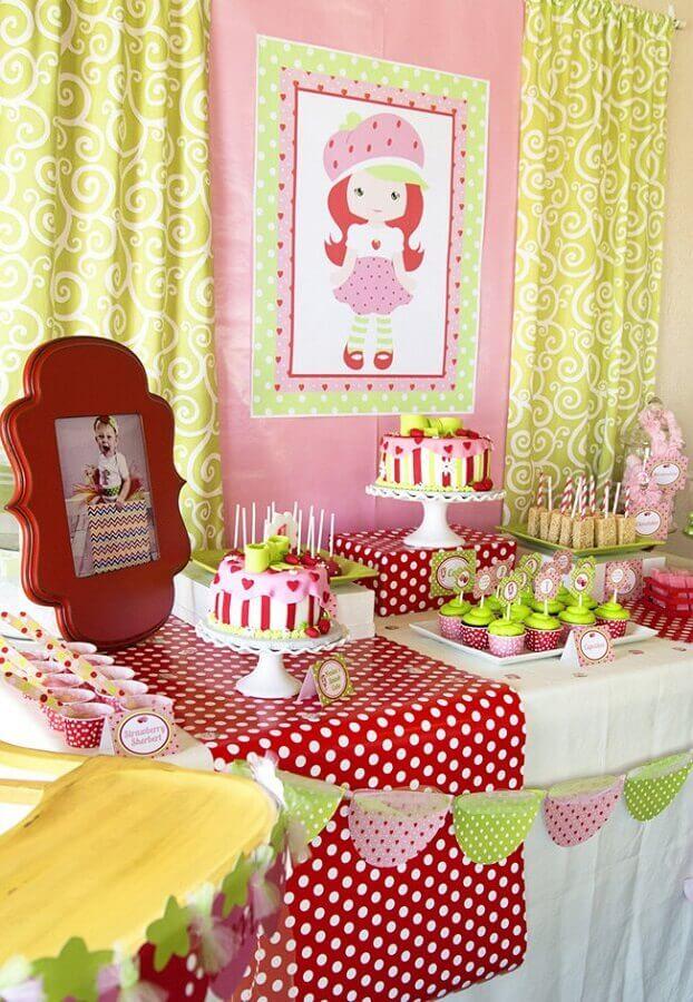 decoração moranguinho para tema de aniversário de menina Foto Webcomunica
