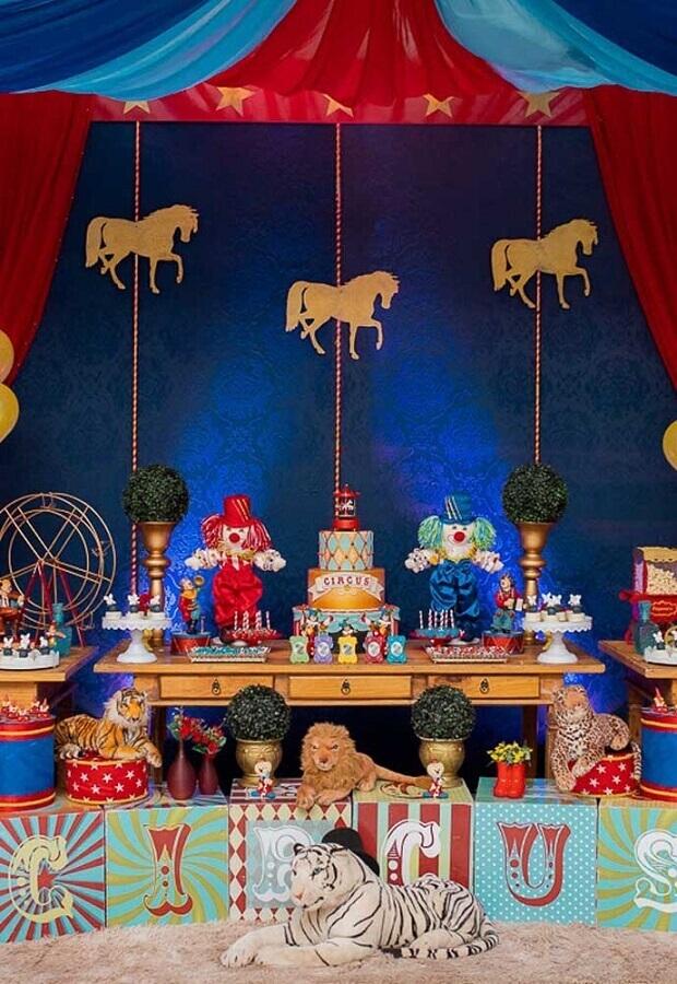 decoração para festa circo - temas de festa de aniversário Foto Wood Save