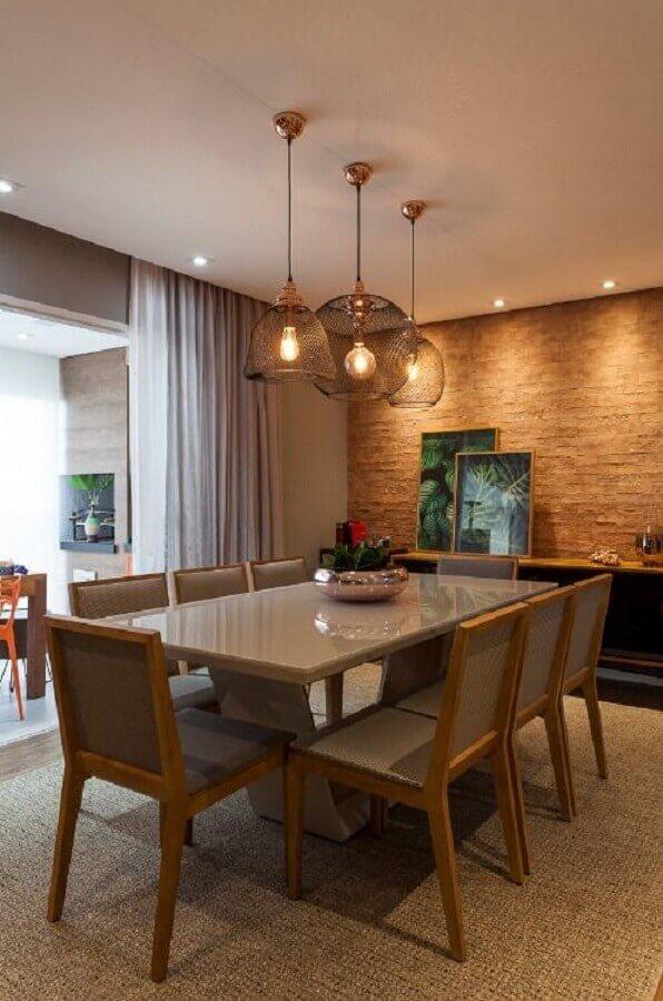 mesa para sala de jantar decorada com parede de tijolinho à vista Foto KZ arquitetura e interiores