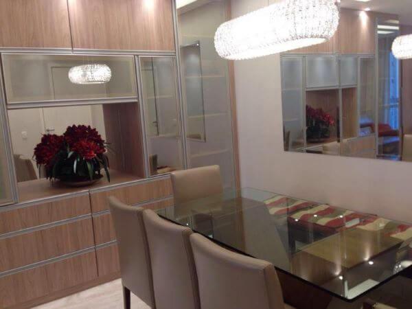 Sala de jantar com mesa de vidro para cozinha