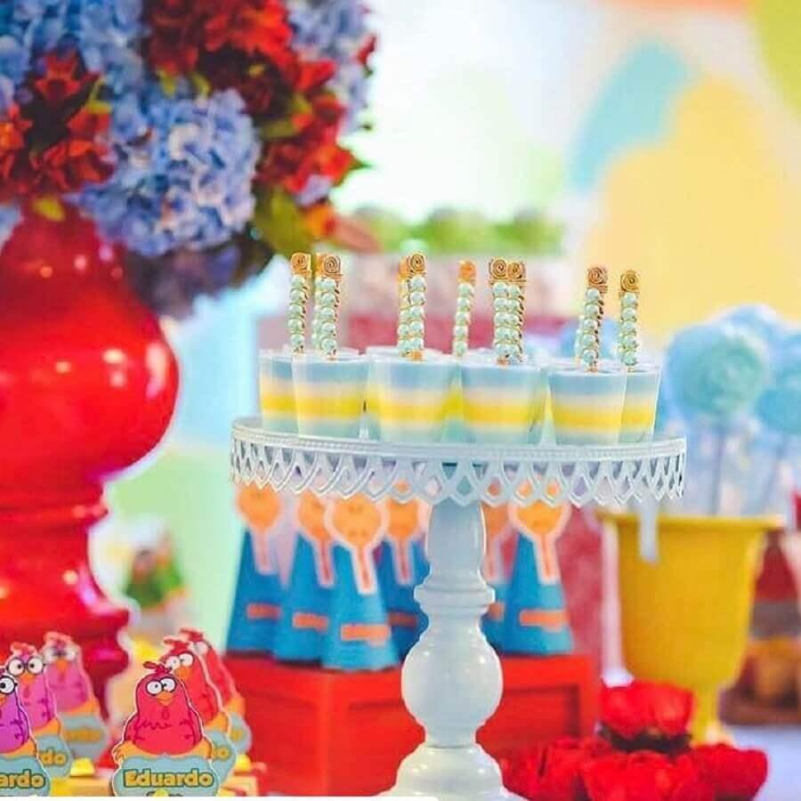 detalhes para decoração de festa da galinha pintadinha Foto Doce Efeito