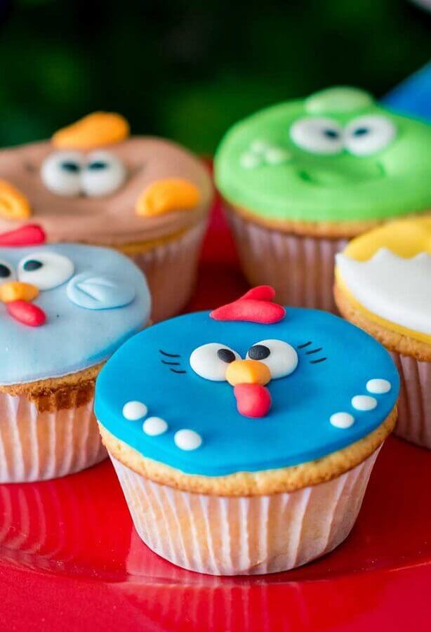 docinhos decorados para festa infantil da galinha pintadinha Foto Why Santa Claus