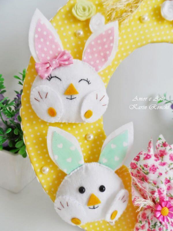 O coelho é uma linda opção para colocar na sua guirlanda de feltro para pascoa