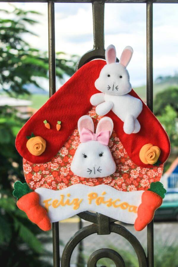 Celebre a páscoa com uma linda guirlanda de feltro