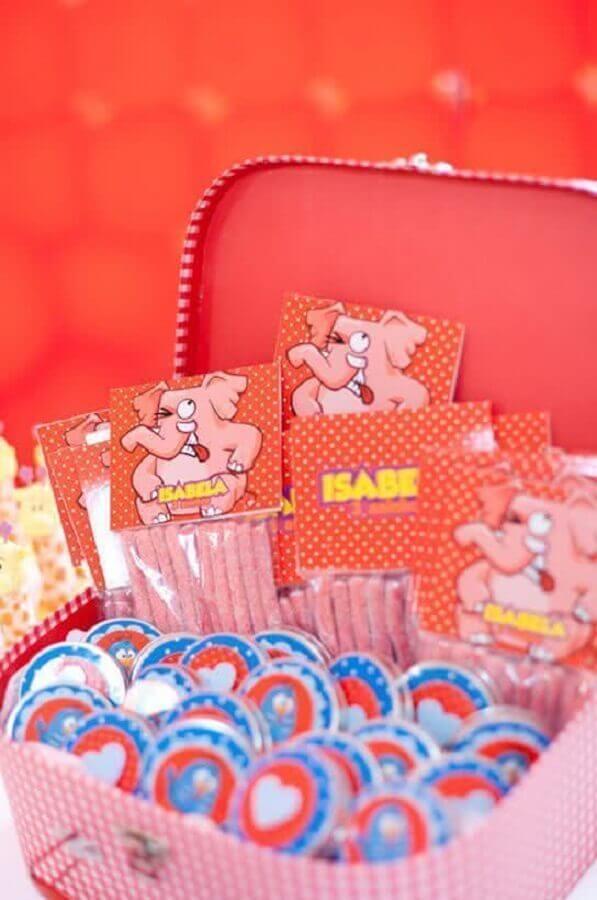 ideia para festa da galinha pintadinha rosa Foto Pinterest
