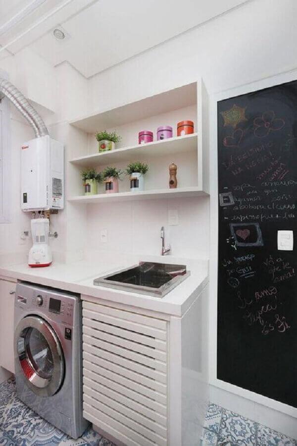 máquina de lavar e secar inox para lavanderia pequena com piso hidraulico Foto Archduo