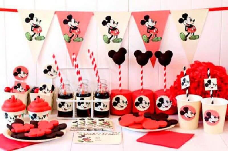 mesa de guloseimas para festa infantil personalizada para festa do Mickey Foto Dicas da Japa