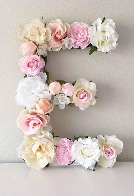 Molde de letras com base em EVA