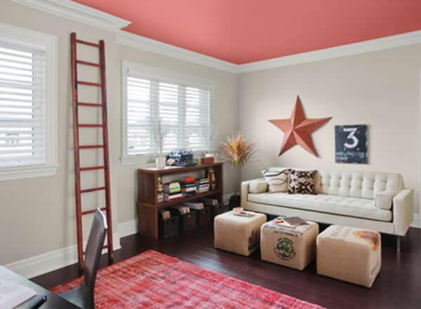 Pinturas de casas por dentro com teto colorido
