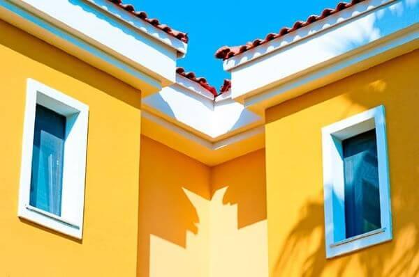 Pinturas de casas amarela
