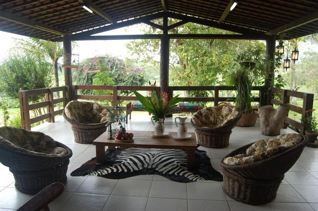 piso para varanda - varanda com azulejos simples