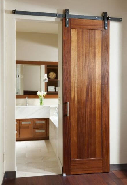 Porta de correr de madeira para banheiro
