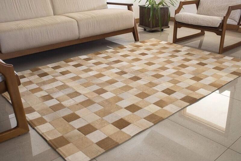 receita caseira para limpar tapete Foto Kromatica