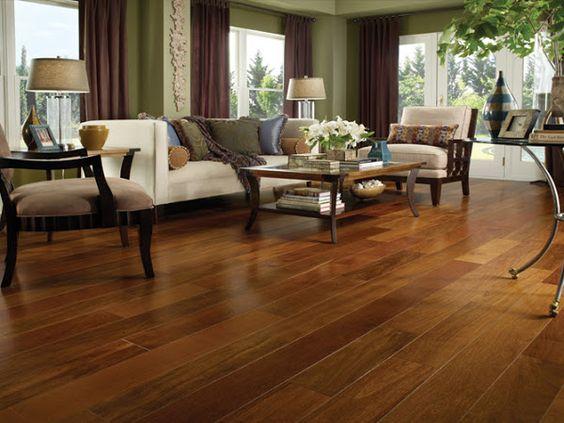 sinteco - sala com piso de madeira