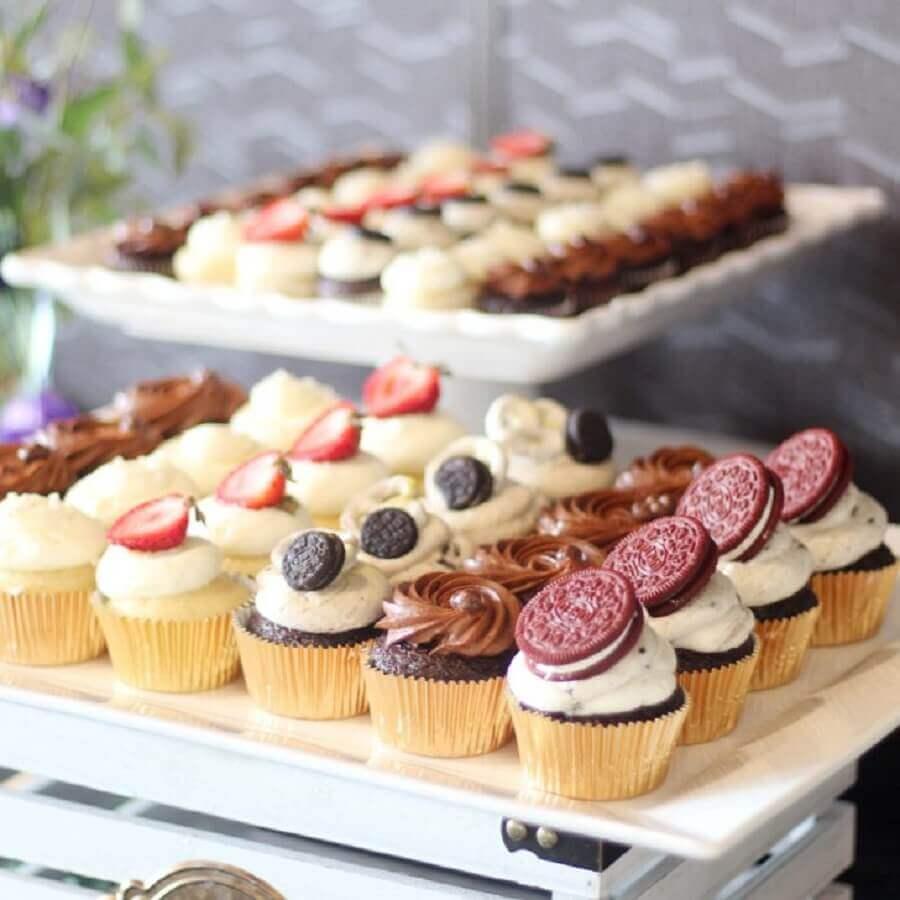 sobremesas personalizadas para mesa de guloseimas Foto Pinosy