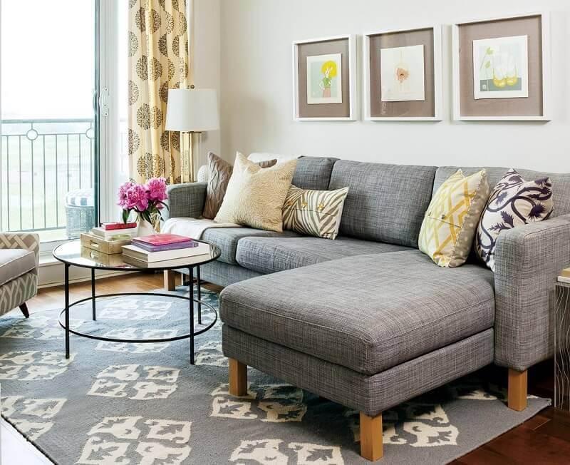 tapete cinza para sala com estampas brancas Foto Designs Ideas & Decors