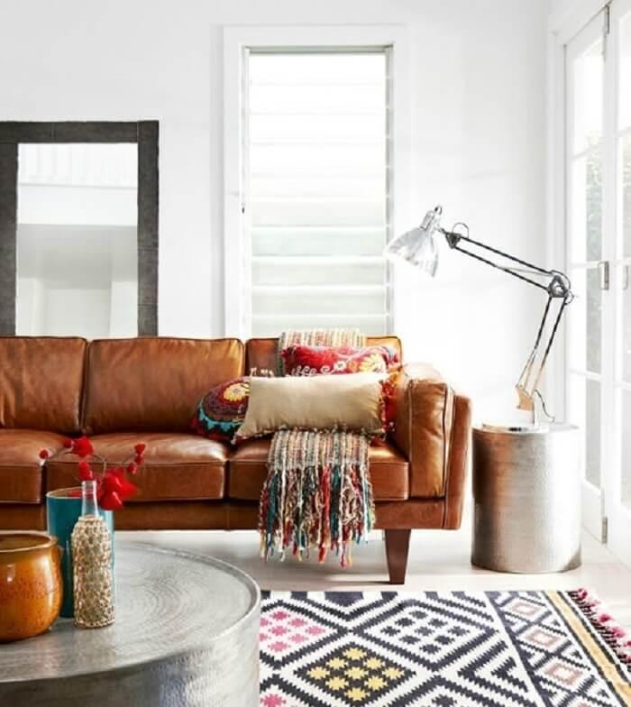 Tecido para sofá de couro marrom encanta a decoração da sala de estar