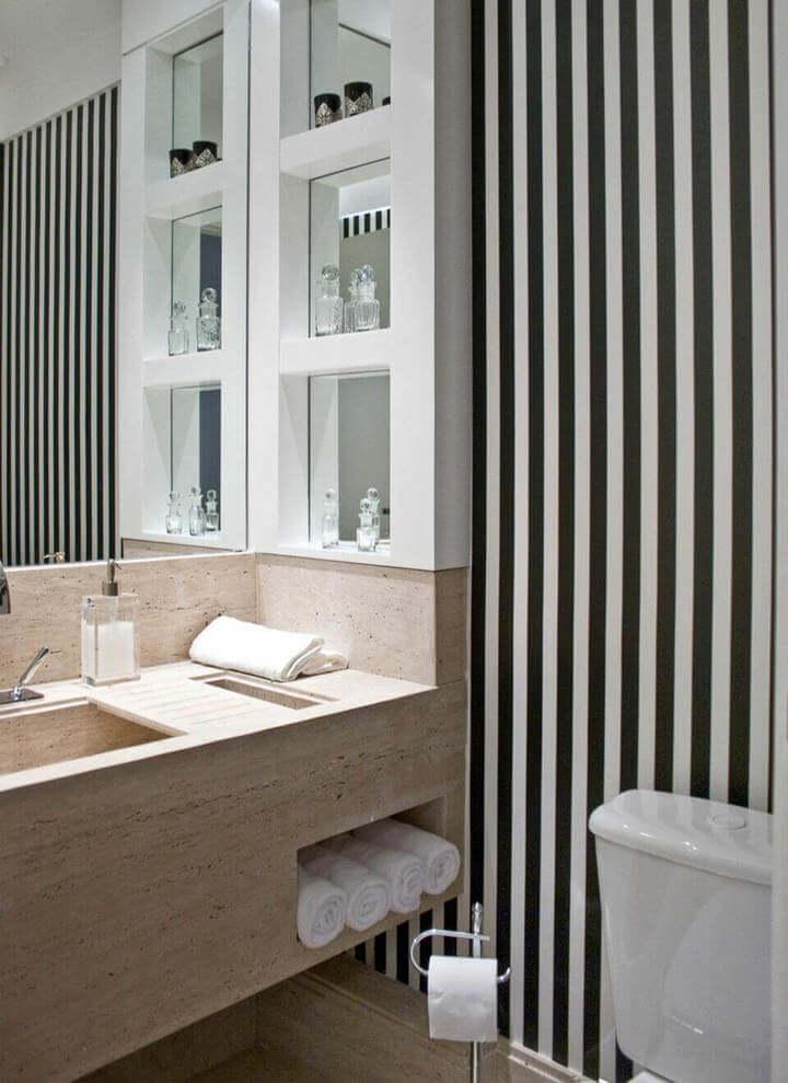 toalha de lavabo - lavabo com parede preta e branca