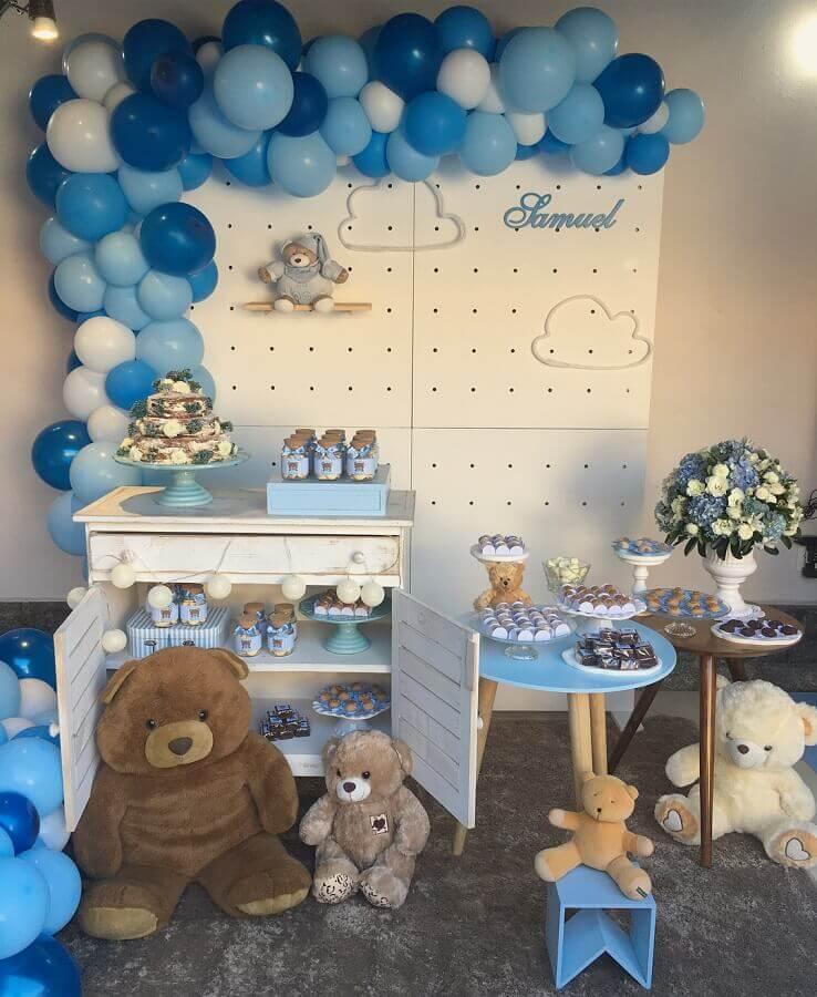 ursinhos de pelúcia para decoração de chá de fralda azul Foto Festix