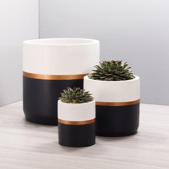 vaso de barro - vasos com listras pretas, douradas e brancas
