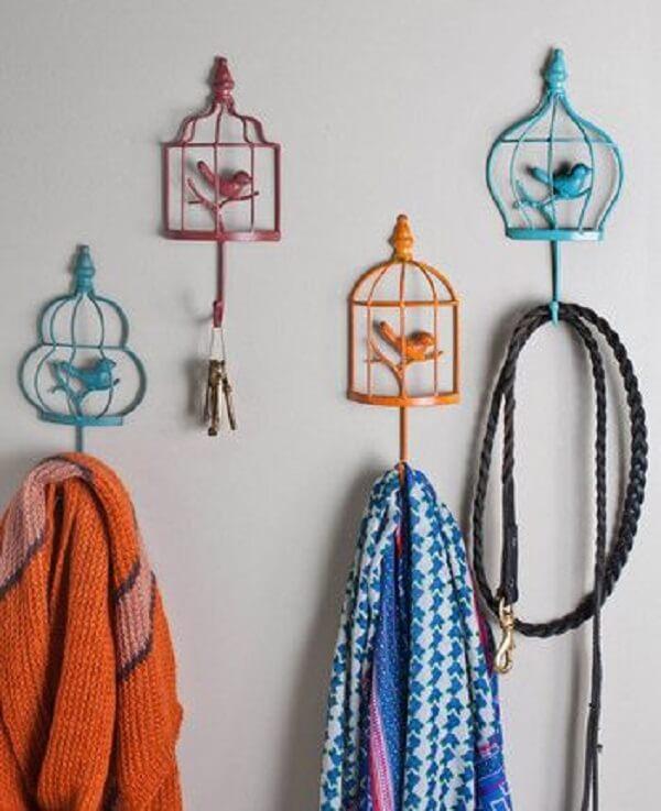 Gancho de parede em formato de gaiolas de passarinhos