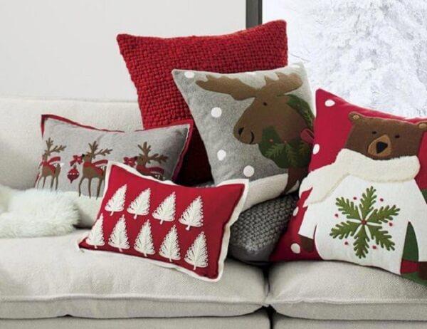 Diversos modelos de almofadas de Natal para decorar seu ambiente