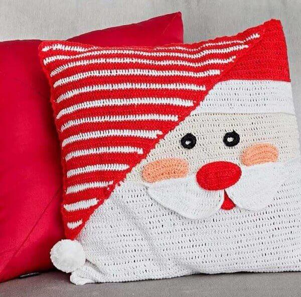 Almofadas de Natal podem ser feitas de crochê