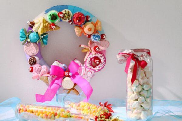 Guirlanda para Natal feita com doces