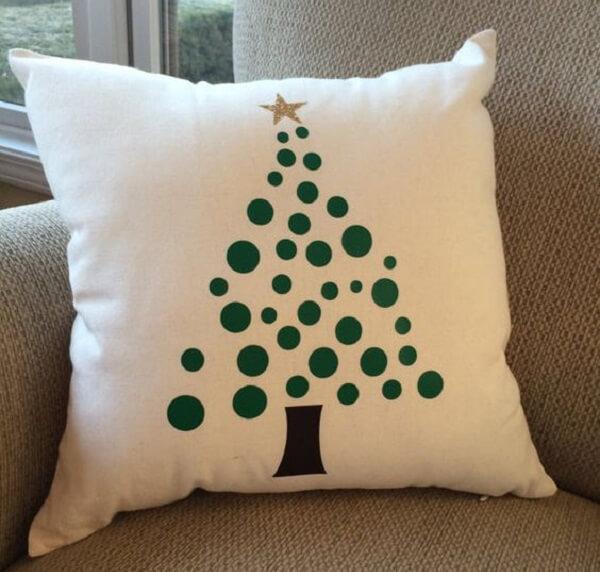 Decore com almofadas de Natal com estampa delicada