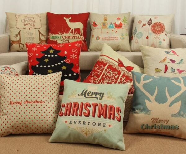Diferentes modelos de almofadas de Natal para decorar sua casa