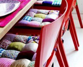 Almofada para cadeira com estampa de patchwork