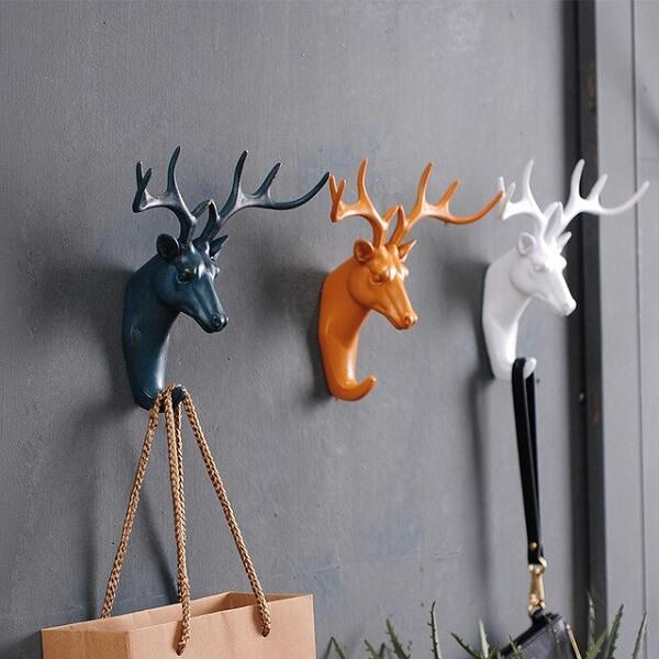 Gancho de parede com formato de cervo