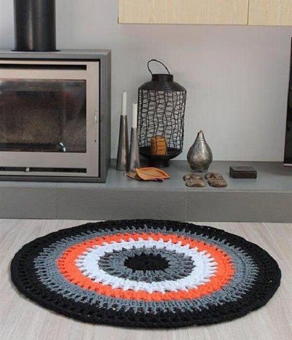 O tapete de crochê é uma excelente opção de decoração para os cômodos