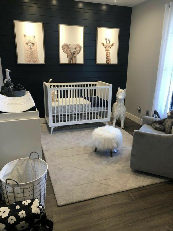Quarto de bebê azul marinho tema animais