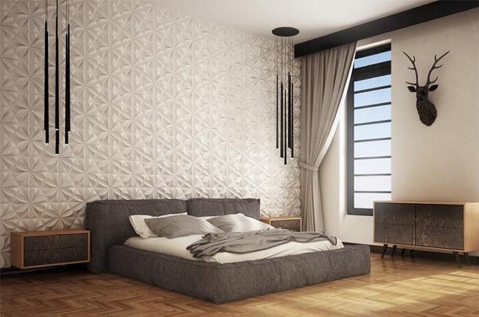 Quarto de casal criativo com parede revestida com placa de gesso 3D