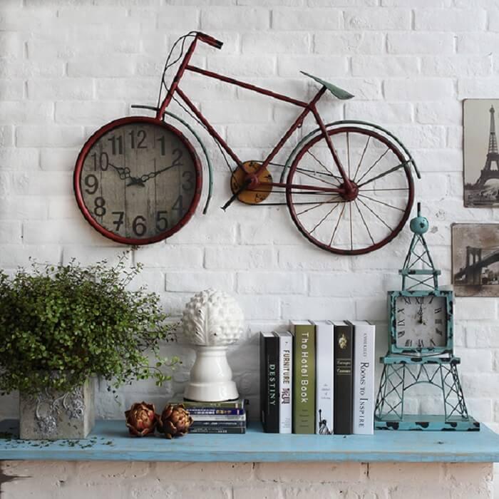 Relógio de parede com design criativo de bicicleta