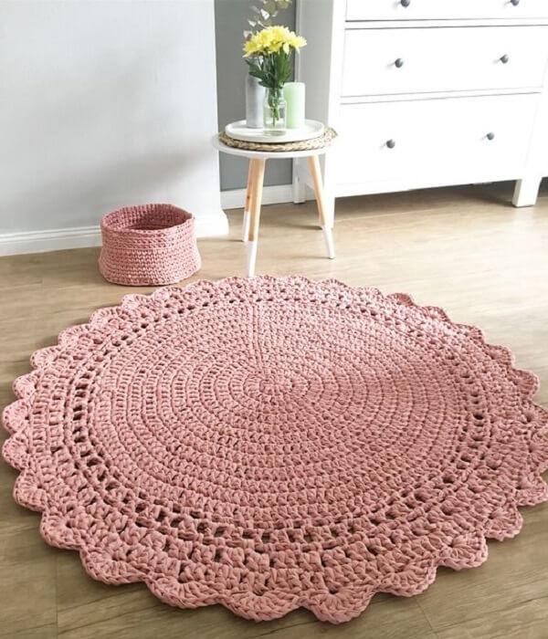 Rosa claro para o tapete de crochê redondo
