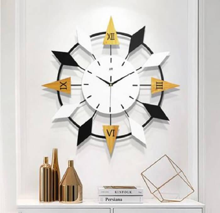 Relógio de parede com design moderno