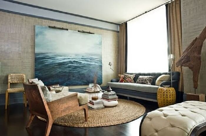 Sala de estar com tapete sisal redondo
