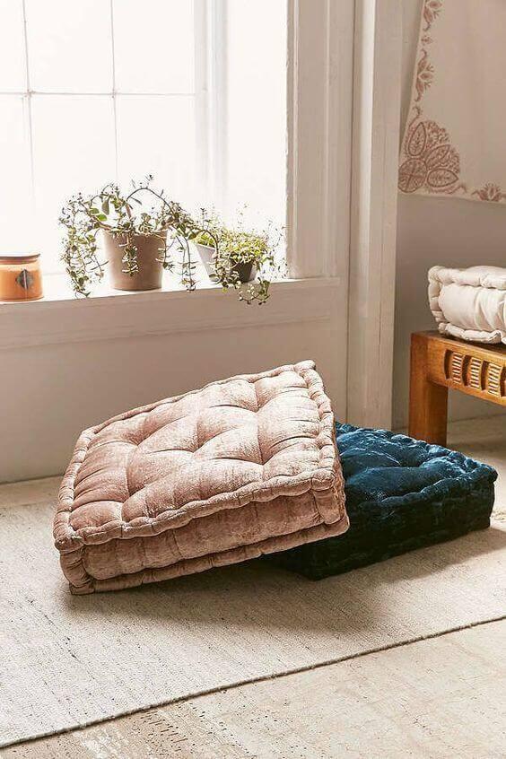 Almofada para cadeira de diferentes cores