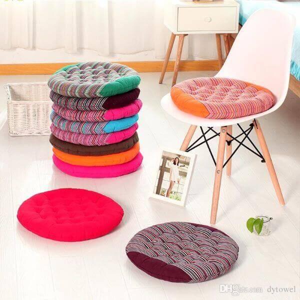 Almofadas para cadeira redonda