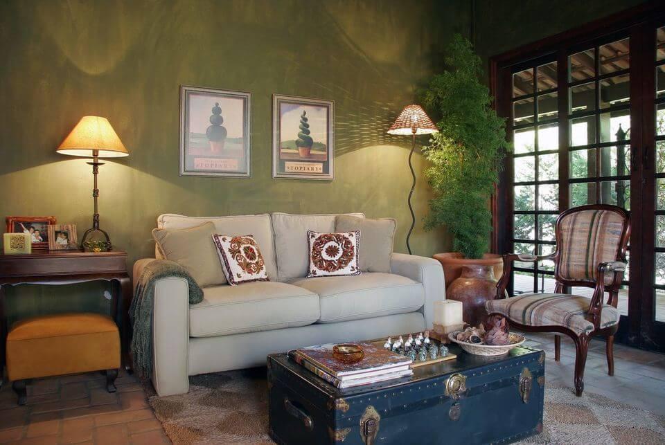 baú - sala de estar rústica com baú de mesa de centro