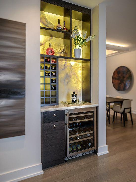 Barzinho de canto com refrigerador